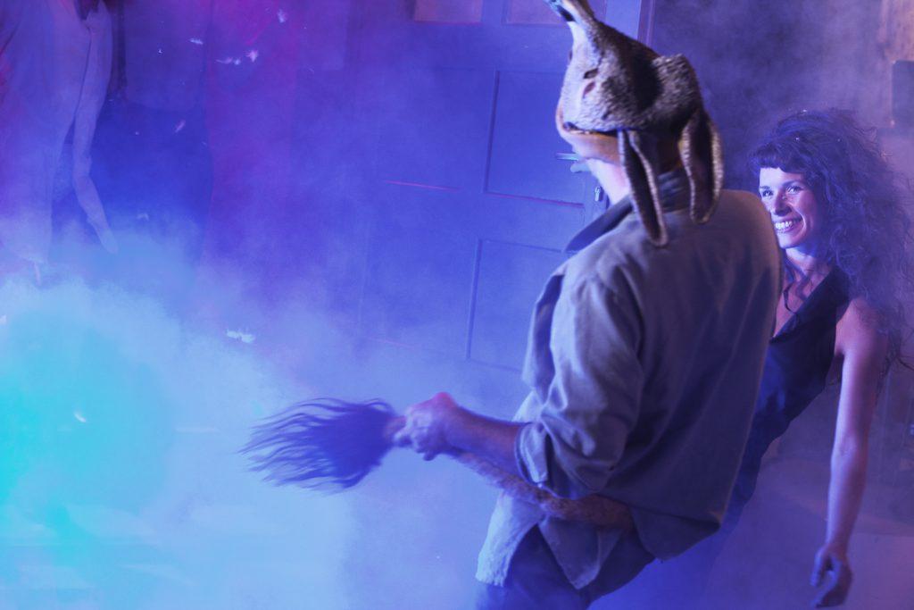 Justus Carriére, Elisabeth Taraba, Foto: ©Jenny Fitz, Burgtheatersommer Roßlau, Theaterburg Roßlau, Dessau-Roßlau, Roßlau, Dessau, Theater, Sommertheater, Burg Roßlau, Veranstaltung, Sachsen-Anhalt