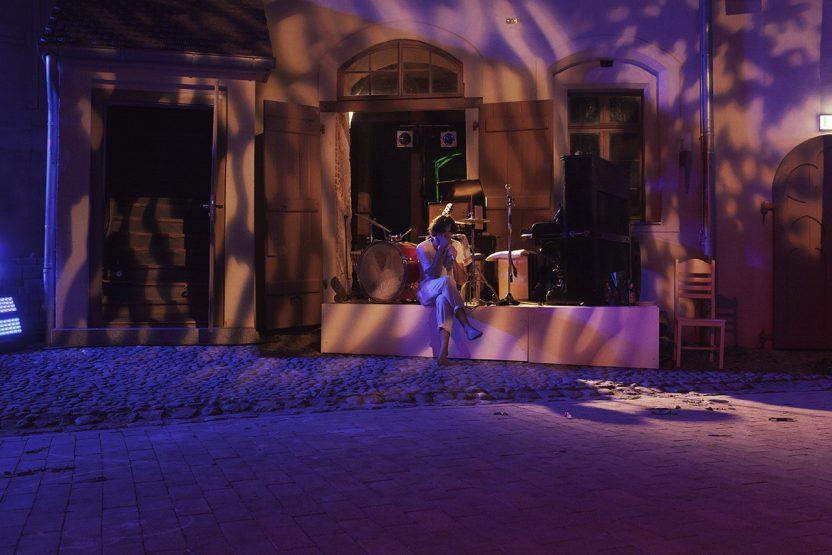 Stephan Sitaras Foto ©Jenny Fitz, Burgtheatersommer Roßlau, Theaterburg Roßlau, Dessau-Roßlau, Roßlau, Dessau, Theater, Sommertheater, Burg Roßlau, Veranstaltung, Sachsen-Anhalt