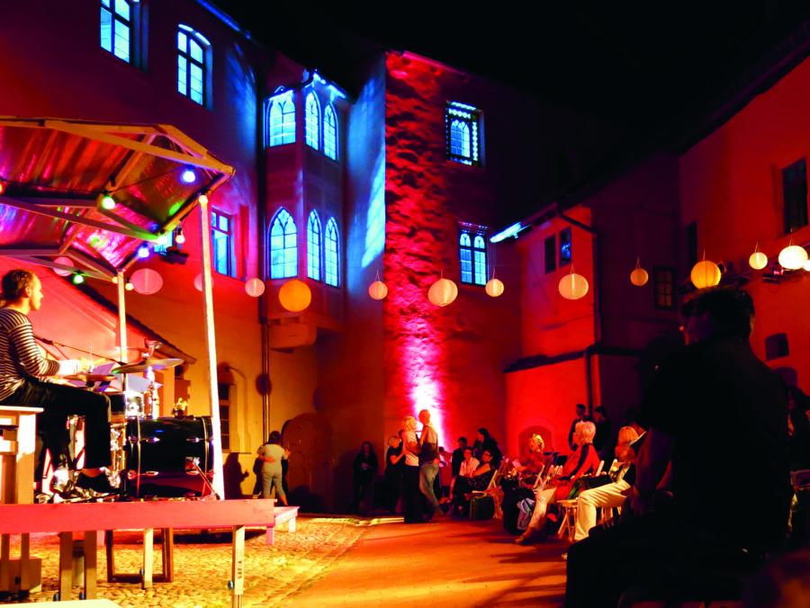 Burg Roßlau, Dessau-Roßlau, Theater, Sommerhtheater, Veranstaltung Sachsen-Anhalt
