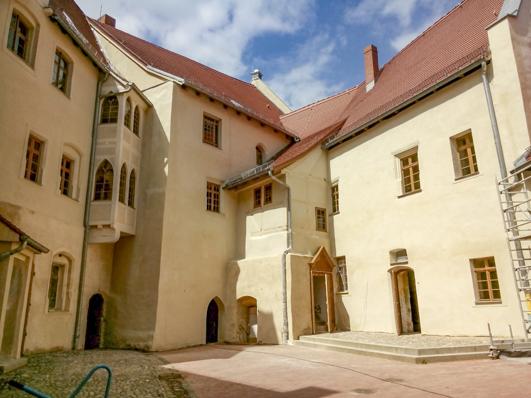Burghof Roßlau renoviert